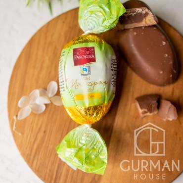 Шоколадное яйцо с марципаном и ананасом Favorina 100 г