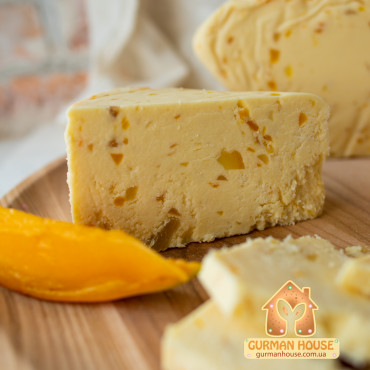 Cыр Уэнслидейл с манго и апельсином Ilchester